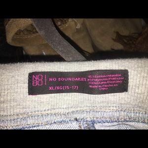 No Boundaries Pants - Jegging Capris